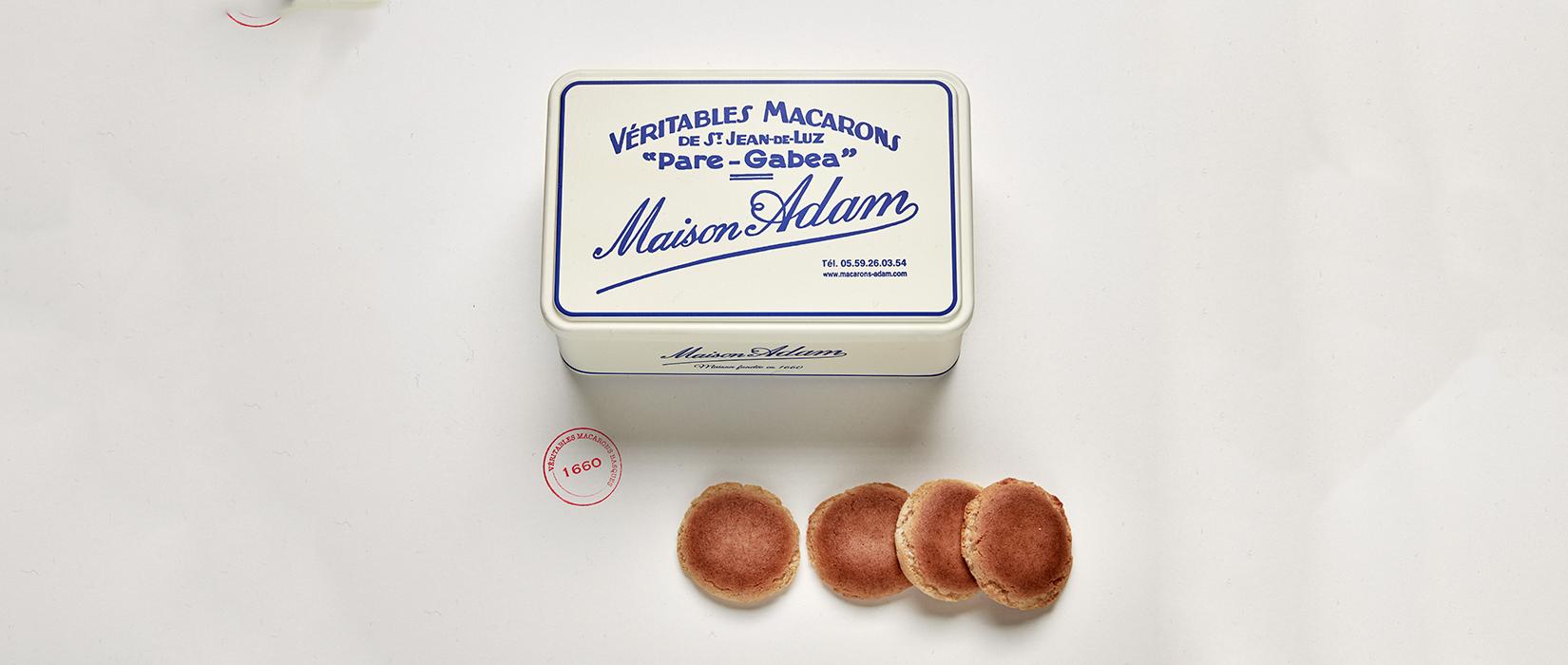 """Notre boite de macarons """"vintage"""""""